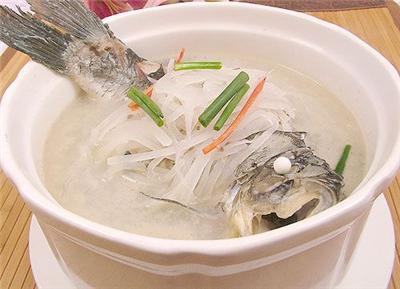 吃鲫鱼汤有助于下奶吗