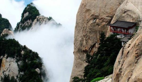 全球十大最恐怖的悬崖步道之一,居然是在中国!你去过吗?