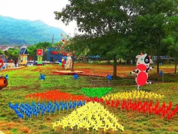 【哗!】元旦节假期好去处:厦门风车游乐园开园了,无限量门票免费送!