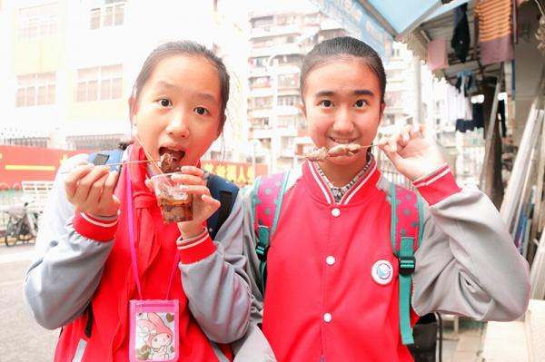 人均8元!这只鸭每天吃姜50斤,连新加坡都有它的粉丝……