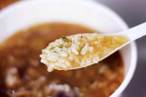 究竟有多好吃?让这碗鸭肉粥在厦门火了近半个世纪……