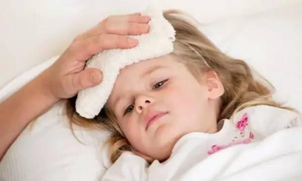 """小儿为什么总是生病?厦门儿科专家""""高爷爷""""说,都是""""常积有""""导致的"""