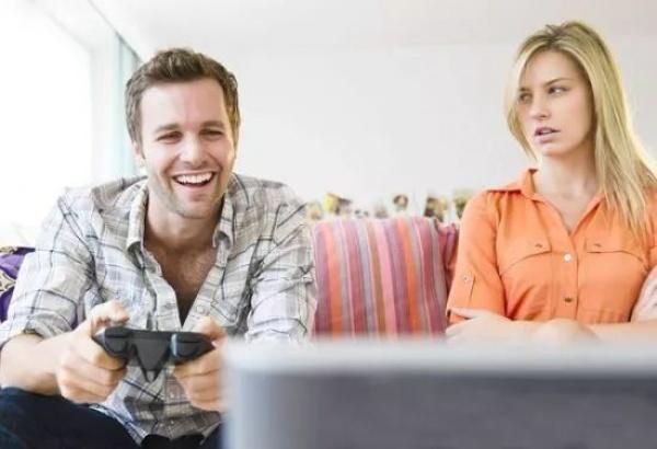 有研究发现:男人做家务,死亡率明显下降!原因竟然是……