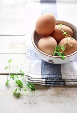 这样给宝宝吃鸡蛋,没有营养只有伤害,你知道吗?